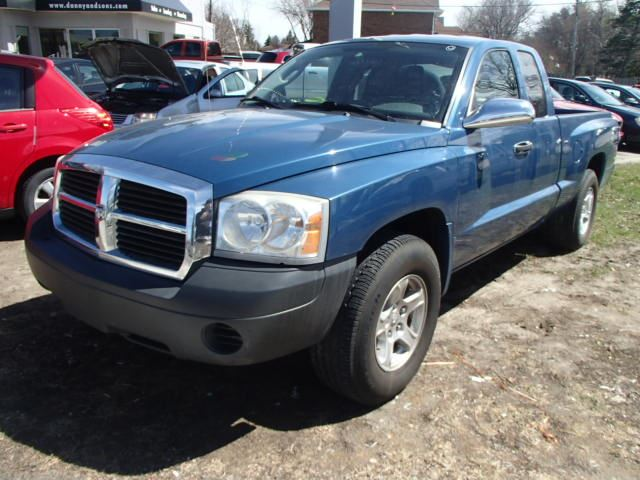 2006 dodge dakota st 4x4 v8 magnum mississauga. Black Bedroom Furniture Sets. Home Design Ideas