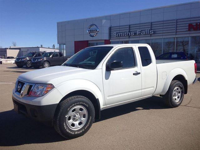 2014 nissan frontier s smiths falls ontario used car. Black Bedroom Furniture Sets. Home Design Ideas