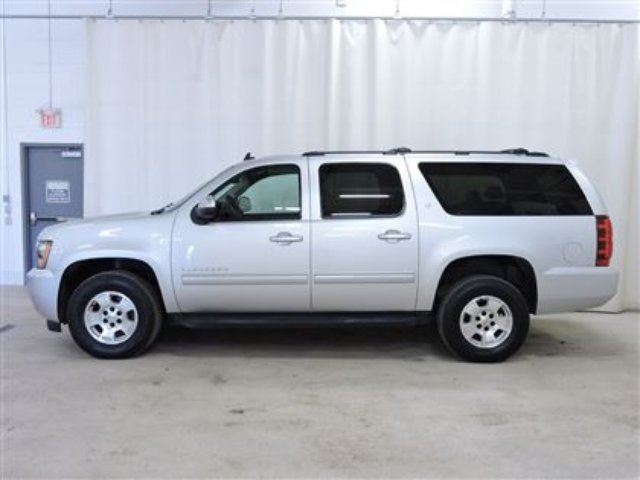 2014 chevrolet suburban 1500 lt 8 passenger extended leather red deer alberta used car for. Black Bedroom Furniture Sets. Home Design Ideas