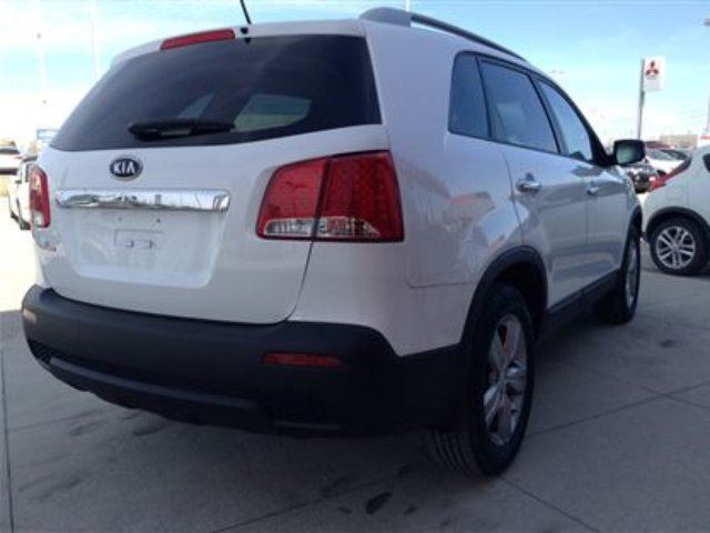 used 2013 kia sorento lx v6 one owner mint condition low km for only winnipeg. Black Bedroom Furniture Sets. Home Design Ideas