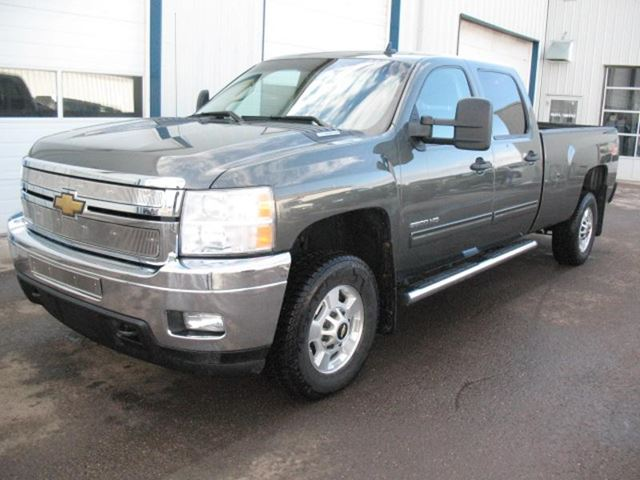 2011 chevrolet silverado 2500 lt wainwright alberta. Black Bedroom Furniture Sets. Home Design Ideas
