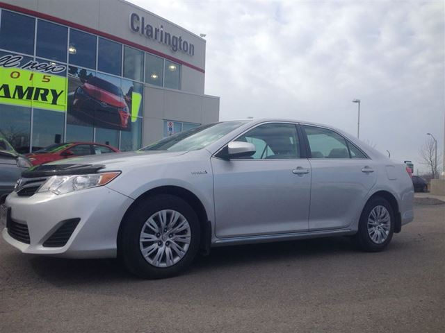 2012 toyota camry hybrid le bowmanville ontario used car for sale 2076615. Black Bedroom Furniture Sets. Home Design Ideas