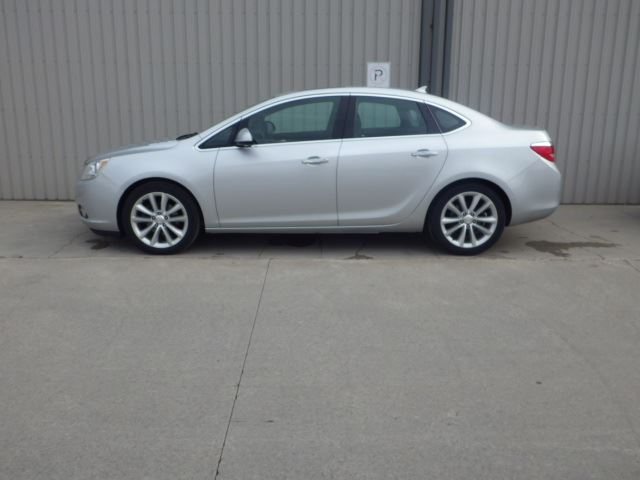 2013 buick verano leather cayuga ontario used car for sale 2088753. Black Bedroom Furniture Sets. Home Design Ideas