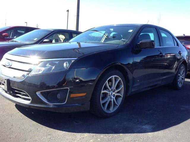 2011 ford fusion sel waterloo ontario used car for sale 2092129. Black Bedroom Furniture Sets. Home Design Ideas