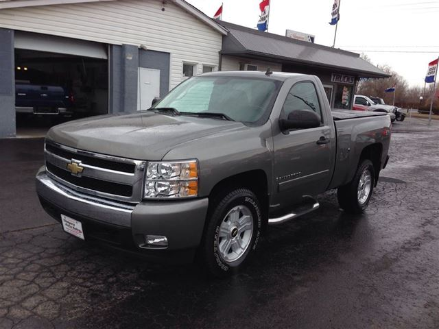 2008 chevrolet silverado 1500 lt welland ontario used car for sale. Cars Review. Best American Auto & Cars Review