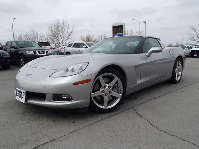 2005 chevrolet corvette z51 coupe silver aaron auto. Black Bedroom Furniture Sets. Home Design Ideas