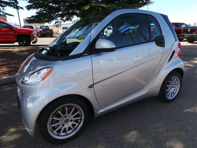 2011 smart fortwo passion medicine hat alberta used car. Black Bedroom Furniture Sets. Home Design Ideas