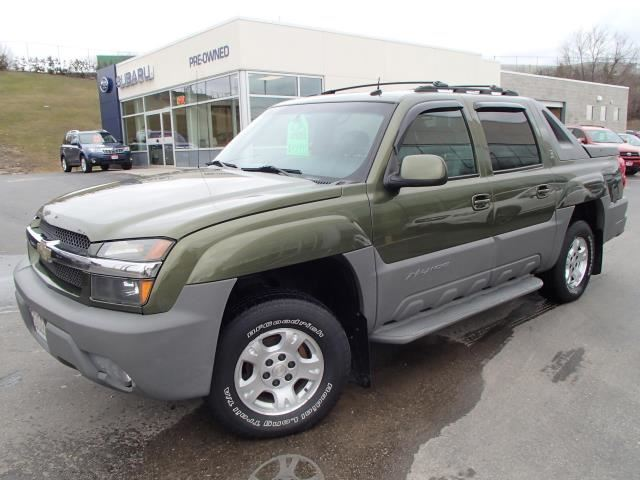 2002 chevrolet avalanche north face edition 4wd green. Black Bedroom Furniture Sets. Home Design Ideas