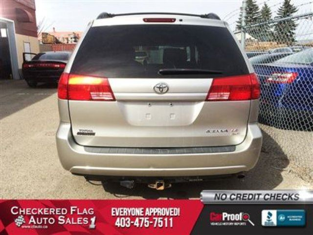2005 toyota sienna le w all wheel drive tinted glass premium cd calgary alberta used car for. Black Bedroom Furniture Sets. Home Design Ideas