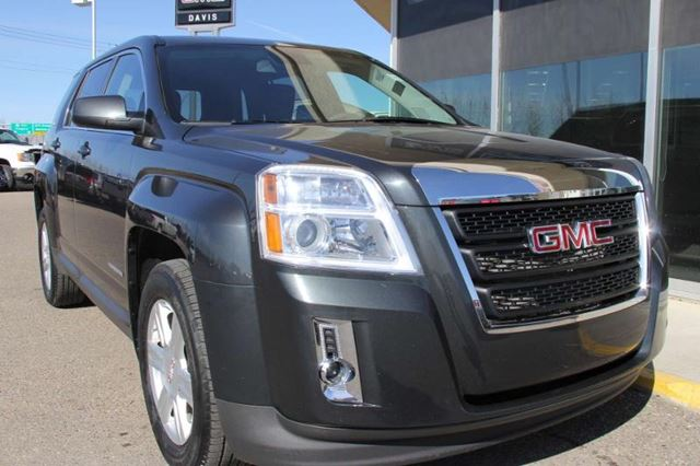 2014 gmc terrain sle 1 medicine hat alberta used car for sale 2104155. Black Bedroom Furniture Sets. Home Design Ideas