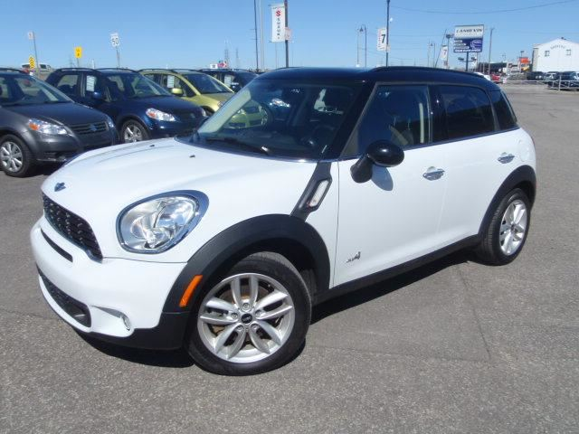2014 mini cooper countryman s awd cuir toit blanc langevin automobiles. Black Bedroom Furniture Sets. Home Design Ideas