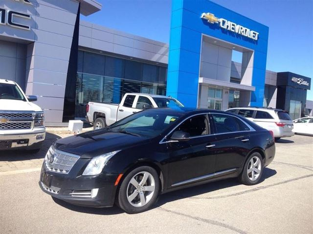 2013 cadillac xts platinum collection barrie ontario used car for sale 2112380. Black Bedroom Furniture Sets. Home Design Ideas