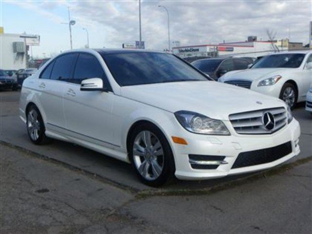 2012 mercedes benz c class c300 4matic awd navi b cam pano for Mercedes benz c300 4matic 2012