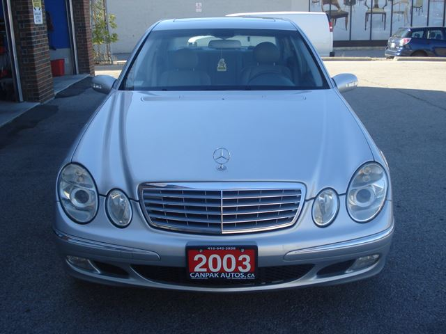 2003 mercedes benz e class 3 2l silver canpak auto inc. Black Bedroom Furniture Sets. Home Design Ideas