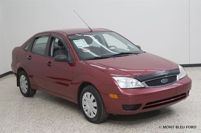 2005 ford focus zx4 s red mont bleu ford. Black Bedroom Furniture Sets. Home Design Ideas