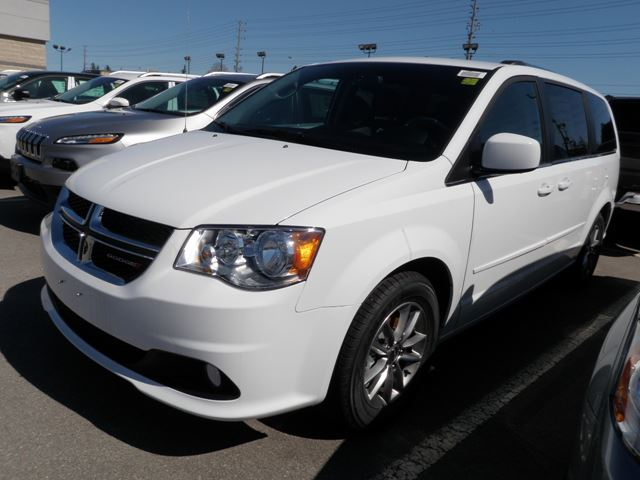 2015 dodge grand caravan sxt premium plus 30th anniversary white hunt chrysler new car. Black Bedroom Furniture Sets. Home Design Ideas