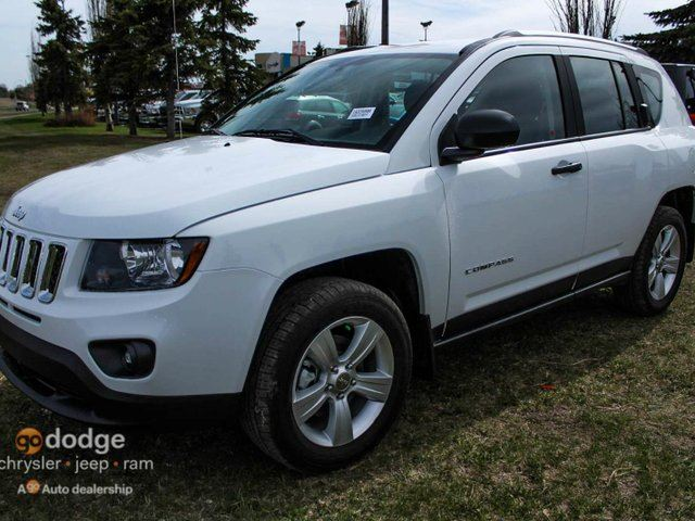 2015 jeep compass sport 4x4 almost new white southtown go dodge. Black Bedroom Furniture Sets. Home Design Ideas