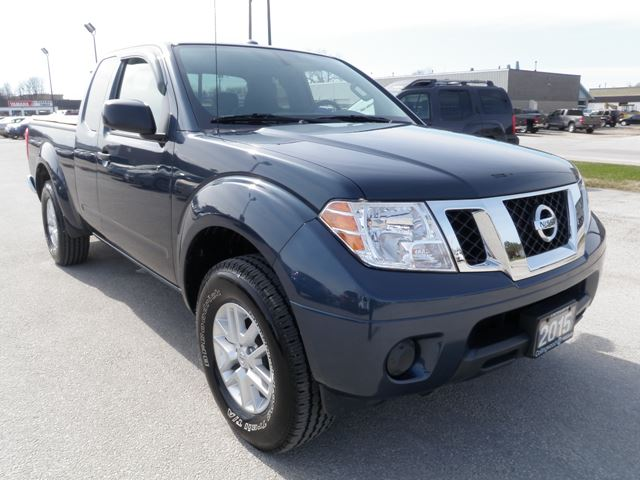2015 nissan frontier sv 4x4 in collingwood ontario image 2. Black Bedroom Furniture Sets. Home Design Ideas