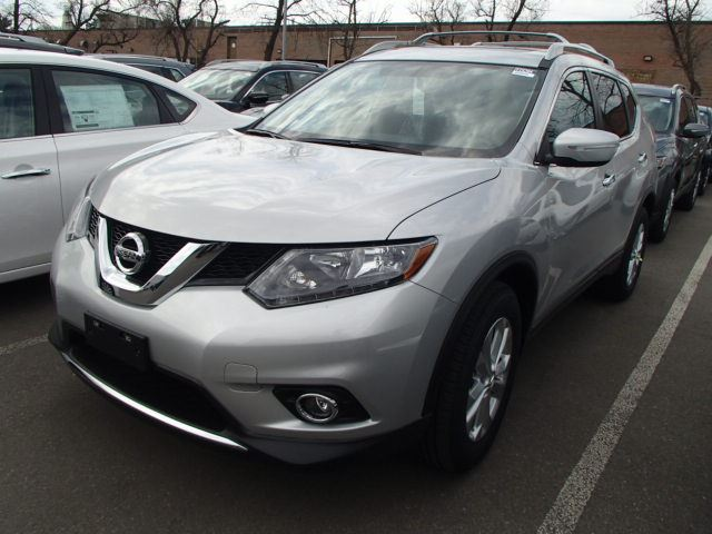 2015 nissan rogue sv mississauga ontario new car for sale 2125768. Black Bedroom Furniture Sets. Home Design Ideas