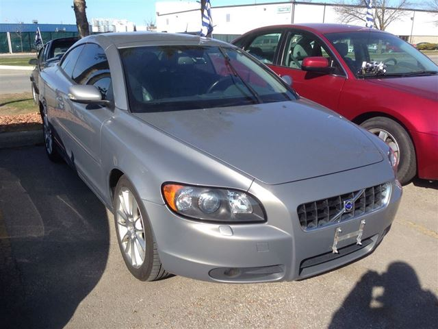 2007 Volvo C70 HARD TOP CONVERTIBLE - Brampton, Ontario Used Car For Sale - 2127552