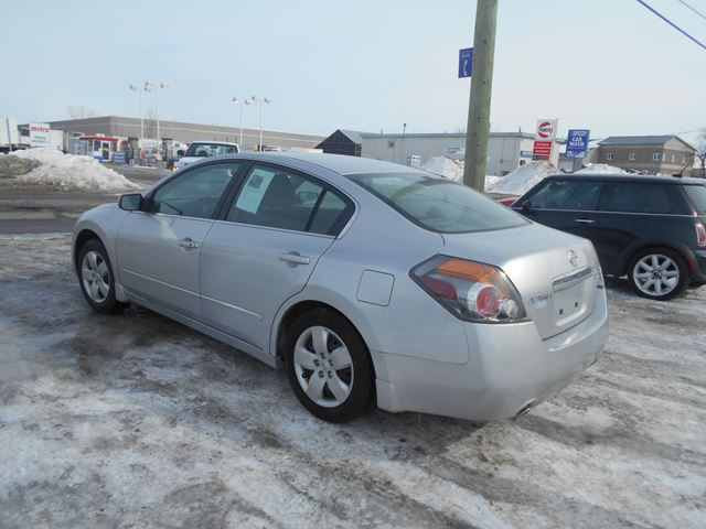 2007 nissan altima 2 5 s ottawa ontario car for sale 2132783. Black Bedroom Furniture Sets. Home Design Ideas