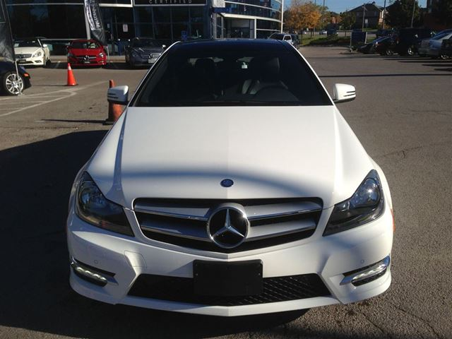 2013 mercedes benz c250 coupe markham ontario used car for sale 2135717. Black Bedroom Furniture Sets. Home Design Ideas