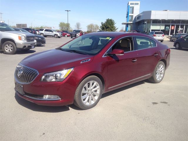 2015 buick lacrosse leather cornwall ontario used car for sale 2136601. Black Bedroom Furniture Sets. Home Design Ideas