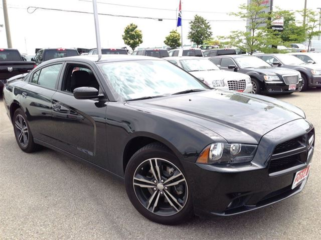 2014 dodge charger awd sxt power sunroof 19 alloy. Black Bedroom Furniture Sets. Home Design Ideas