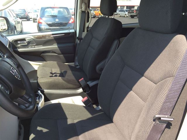 used 2015 dodge grand caravan sxt plus stow n 39 go seating alloy for 26990 in cambridge ontario. Black Bedroom Furniture Sets. Home Design Ideas