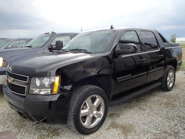 chevrolet avalanche gas mileage 2005. Black Bedroom Furniture Sets. Home Design Ideas