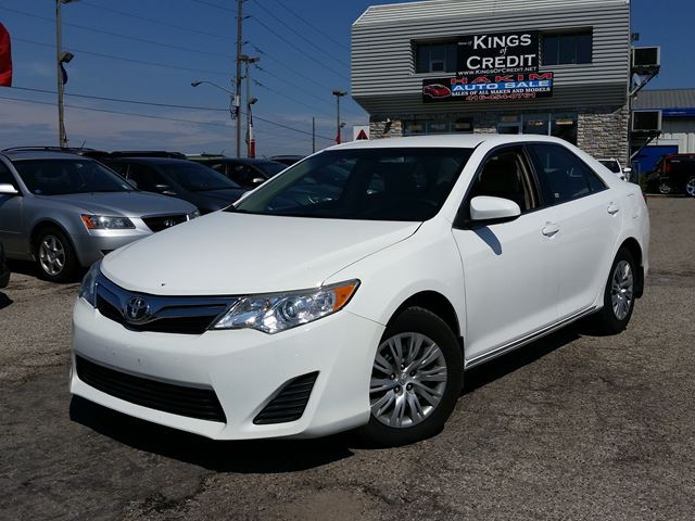 2014 toyota camry le ajax ontario used car for sale 2140333. Black Bedroom Furniture Sets. Home Design Ideas