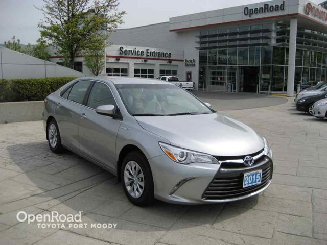 2015 toyota camry hybrid le silver openroad toyota port moody. Black Bedroom Furniture Sets. Home Design Ideas
