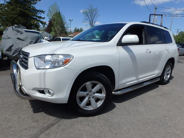 2010 toyota highlander se white autofind. Black Bedroom Furniture Sets. Home Design Ideas