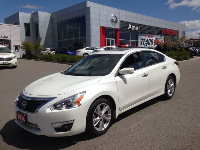 2014 nissan altima 2 5 sv navigation sunroof   ajax ontario used car