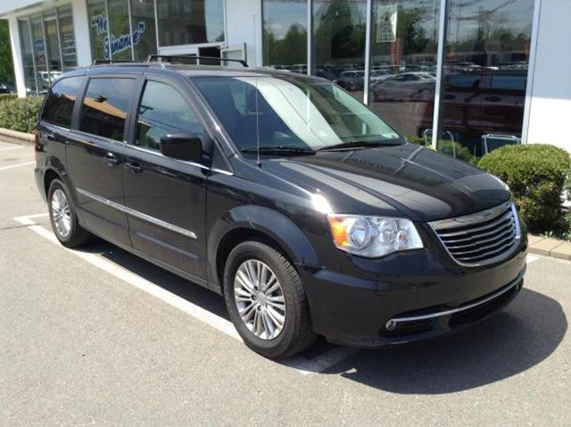 2013 chrysler town and country touring l truro nova scotia used car. Cars Review. Best American Auto & Cars Review