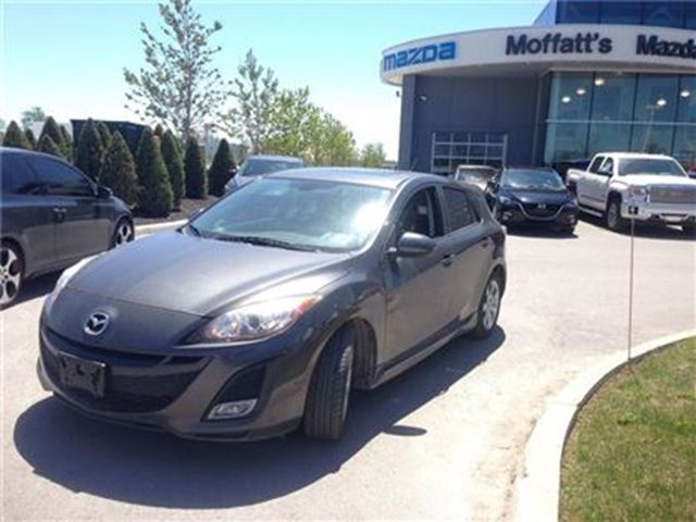 2011 MAZDA MAZDA3 Sport GS w/ LEATHER, SUNROOF, CRUISE, ALLOY WHEELS in Barrie, Ontario