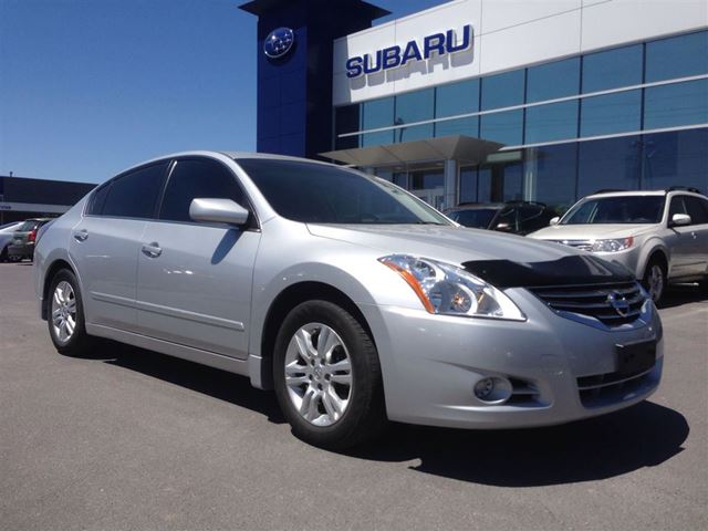 2011 nissan altima 2 5 s kingston ontario used car for sale 2153062. Black Bedroom Furniture Sets. Home Design Ideas