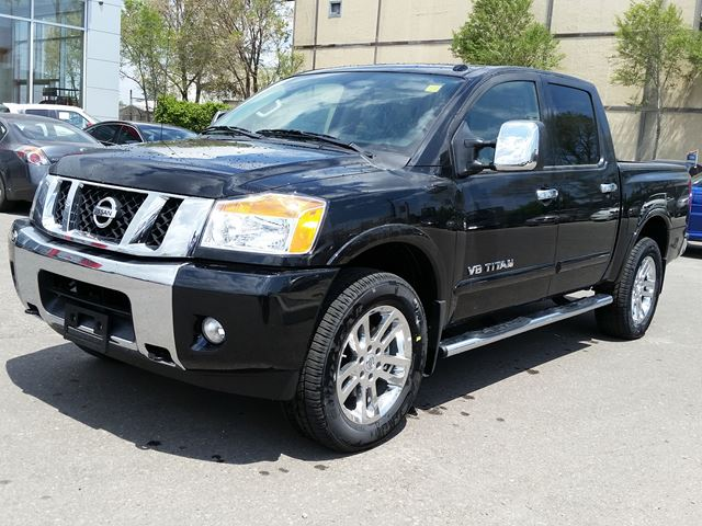 2015 nissan titan sl crew cab 4x4 black sherway nissan. Black Bedroom Furniture Sets. Home Design Ideas