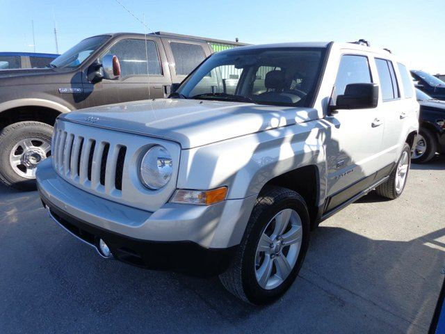 2011 jeep patriot limited yellowknife northwest territories used car for sale 2163136. Black Bedroom Furniture Sets. Home Design Ideas