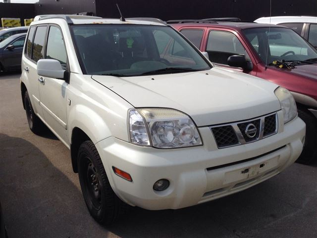 2005 nissan x trail xe brampton ontario used car for sale 2163938. Black Bedroom Furniture Sets. Home Design Ideas