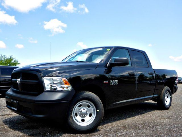 2015 dodge ram 1500 st new 4x4 crew cab hemi traction cntrl amazing deal great for construction. Black Bedroom Furniture Sets. Home Design Ideas