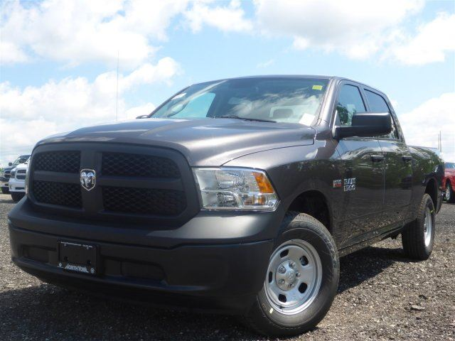 2015 dodge ram 1500 st new 4x4 crew cab hemi backup cam bluetooth taction cntrl amazing deal. Black Bedroom Furniture Sets. Home Design Ideas