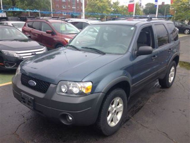 2006 ford escape xlt blue discovery ford. Black Bedroom Furniture Sets. Home Design Ideas