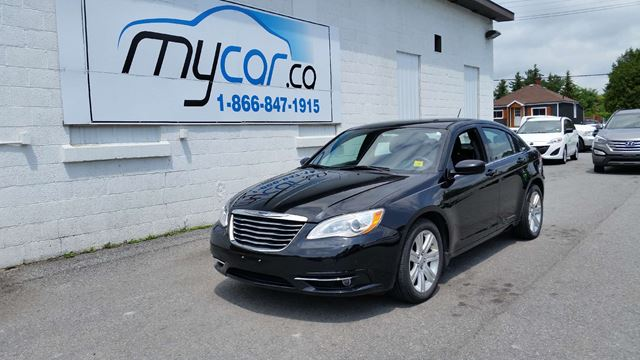 2013 chrysler 200 touring richmond ontario used car for. Black Bedroom Furniture Sets. Home Design Ideas