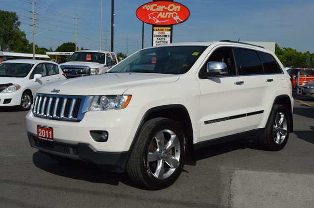 2011 jeep grand cherokee overland white car on auto sales. Black Bedroom Furniture Sets. Home Design Ideas