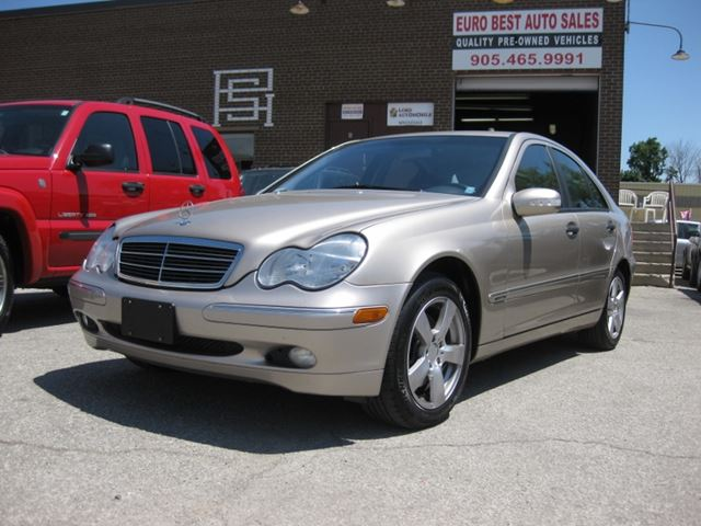 2003 mercedes benz c class 2 6l oakville ontario used car for sale 2186707. Black Bedroom Furniture Sets. Home Design Ideas