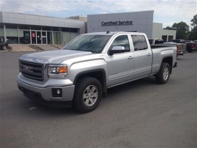 2014 gmc sierra 1500 sle cornwall ontario used car for sale 2188174. Black Bedroom Furniture Sets. Home Design Ideas