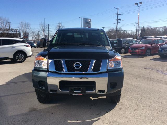 2014 nissan titan sv winnipeg manitoba car for sale 2189451. Black Bedroom Furniture Sets. Home Design Ideas