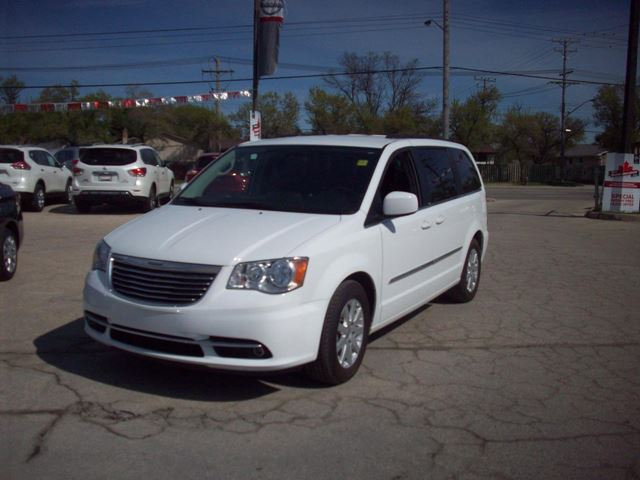 2014 chrysler town and country touring winnipeg manitoba used car. Cars Review. Best American Auto & Cars Review