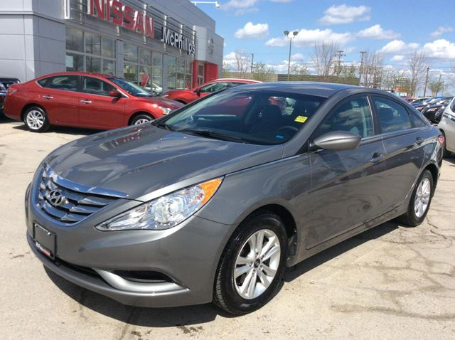 used 2013 hyundai sonata gl winnipeg. Black Bedroom Furniture Sets. Home Design Ideas